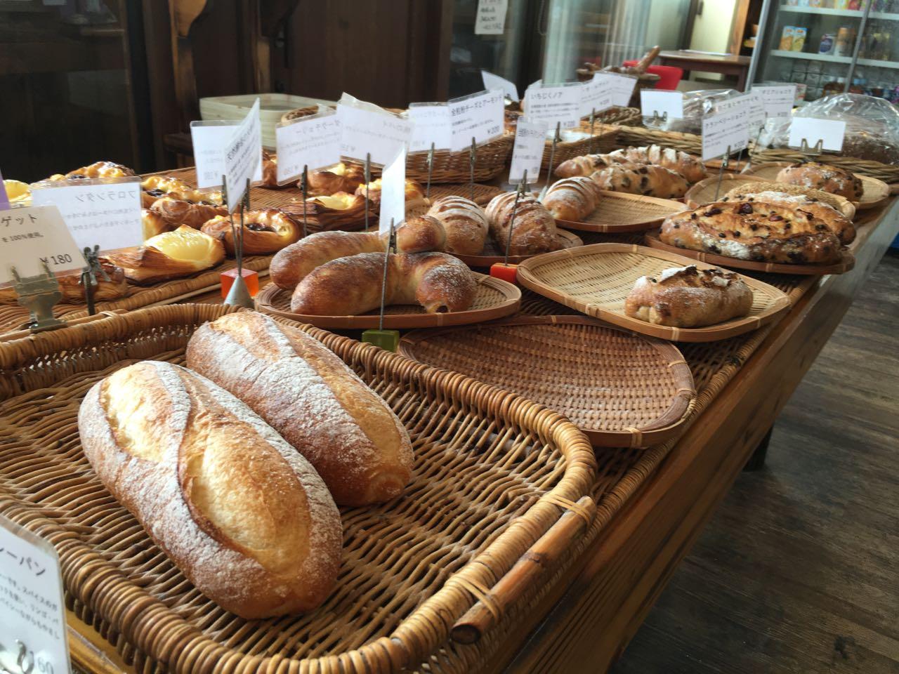 みとん今治,リリオのパン,パン,酒まんじゅう,老舗,湊町