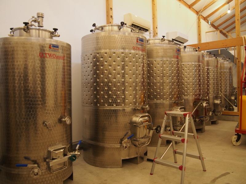 ehime,imabari,みとん今治,オーク樽,ワイン,今治,大三島,大三島みんなの家,大三島ワイナリー,愛媛,白ワイン,赤ワイン,越屋根,醸造所